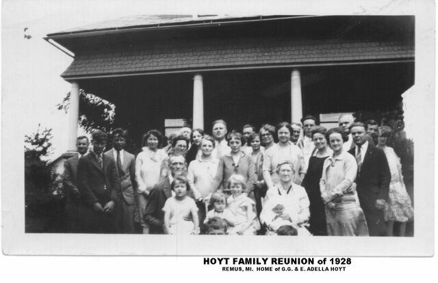 GG Hoyt Family Re-union Remus, MI 1928